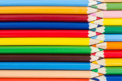 Achtergrond van reeks kleurenpotloden Royalty-vrije Stock Foto's