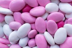 Achtergrond van roze en wit suikergoed Snoepjesclose-up Hoogste mening royalty-vrije stock fotografie