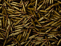 Achtergrond van stapel van opgepoetste geweerkogels Stock Fotografie