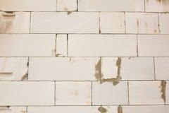 Achtergrond van witte lichtgewicht concrete blokmuur stock foto's
