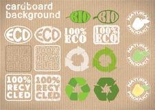 """Achtergrondkarton met emblemen """"bioÂ"""", """"eco†, † recycled†, † natuurlijke product† Vector illustratie Royalty-vrije Illustratie"""