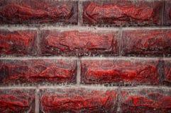 Achtergrondmuur en steentextuur, voor buitenkant Eindigende steen, ontwerp Rood, vuil, met stof en druppels van de regen royalty-vrije stock foto's