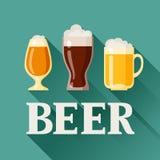 Achtergrondontwerp met bierglas, mok en drinkbeker stock illustratie