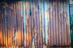 Achtergrondtextuur van de muur van oud zinkblad, wi van het metaalblad Stock Foto's