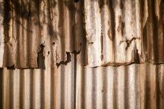 Achtergrondtextuur van de muur van oud zinkblad, wi van het metaalblad Stock Afbeelding