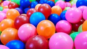 Achtergrondtextuur van multi-colored plastic ballen royalty-vrije stock foto
