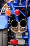 Achterkant van een blauwe motorfiets Royalty-vrije Stock Foto