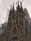 Achtermening van Basiliek Sagrada Familia in Barcelona, Spanje stock fotografie