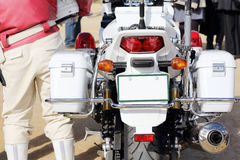 Achtermening van Japanse politiemotorfiets Stock Fotografie