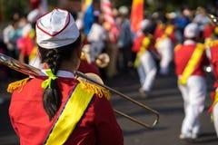 Achtermening van trompetter bij een gebeurtenis stock foto