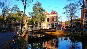 Achterom in Delft Stockfotografie