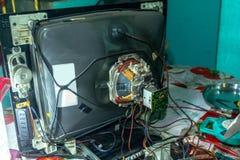 Achterpaneel van oud televisietoestel stock fotografie