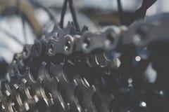 Achtertoestel voor zes fietsen van hoge snelheidssporten stock foto