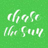 Achtervolg de zon Van letters voorziende illustratie stock illustratie