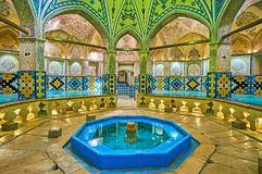 Achthoekige Zaal van Sultan Amir Ahmad Qasemi Bathhouse, Kashan, royalty-vrije stock afbeeldingen