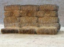 Achttien balen van hooi stock afbeeldingen