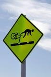 Achtung-Fahrrad-Gefahren-Zeichen Lizenzfreies Stockbild