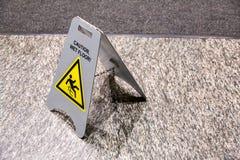 Achtung-nasser Fußboden Lizenzfreies Stockfoto