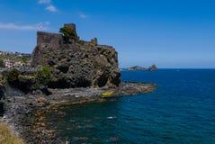 Acicastello- Sicília imagem de stock royalty free