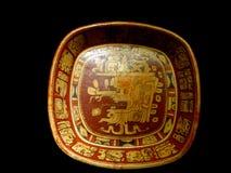 Acient Schüssel der Mexiko-Mayakunst mit Malereien des mayian Lebens Stockfotografie