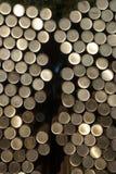 Acier de matière première, matériel de tige, tuyau, matériel empaqueté et courant d'approvisionnement photographie stock