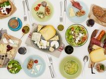 Acima da tabela dos pratos fotos de stock royalty free