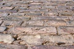 Acima da vista à parede de tijolo velha foto de stock royalty free