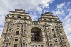 Acima da vista de um hotel abandonado em Philadelphfia imagens de stock royalty free