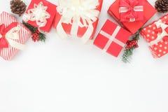 Acima da vista dos ornamento & das decorações ano novo feliz & conceito do Feliz Natal Fotos de Stock Royalty Free