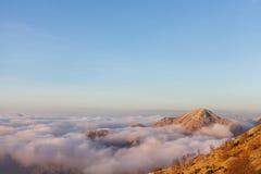 Acima das nuvens no parque nacional de Lovcen Fotos de Stock Royalty Free