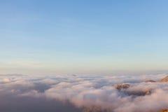 Acima das nuvens no parque nacional de Lovcen Imagens de Stock