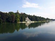 Acima de Turin em dias de verão fotos de stock