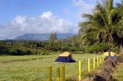 Acima do ponto de acampamento médio Imagens de Stock Royalty Free