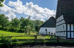Ackerland mit alten Zäunen Lizenzfreie Stockfotos