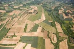 Ackerland in Voijvodina fotografierte von der Luft Lizenzfreie Stockfotos