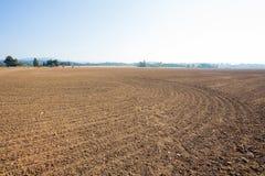Ackerland vorbereitet für Landwirtschafts-Gebrauch Stockbilder