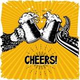 aclamaciones El oso y el pulpo está sosteniendo un vidrio con la cerveza Cartel del vintage para el brevery y el pub locales Vect libre illustration