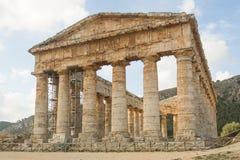 Acnient antik tempel i Segesta Arkivfoton