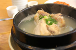 Sopa de pollo foto de archivo libre de regalías