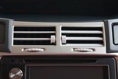 Acondicionador de aire en coche fotografía de archivo libre de regalías