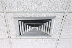 Acondicionador de aire montado techo foto de archivo libre de regalías