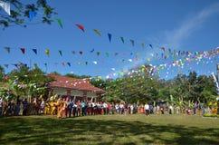 Acontecimiento tradicional de Manau de la tribu de Kachin para adorar a dios Foto de archivo libre de regalías