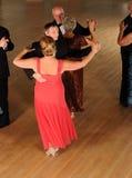 Acopla a dança de salão de baile Imagem de Stock