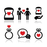 Acoplamento, anel de diamante nos ícones do vetor da caixa ajustados Foto de Stock Royalty Free