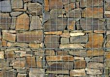 Acoplamiento de alambre de piedra de la jaula Imagen de archivo libre de regalías