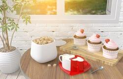 Acople copos de café do cappuccino do coração com a sobremesa do queque da morango na tabela, o conceito do amor e os pares Imagens de Stock
