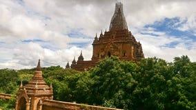 Acople o budismo dos pagodes fotografia de stock