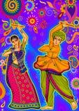 Acople o jogo de Garba no festival de Navratri Dussehra da noite de Dandiya Fotos de Stock Royalty Free