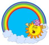 Acordando Sun no círculo do arco-íris Foto de Stock Royalty Free