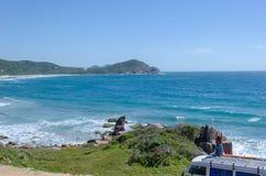 Acordar na praia em Brasil imagem de stock royalty free
